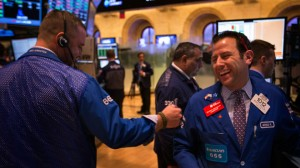 NYSE-traders-laughter[1]